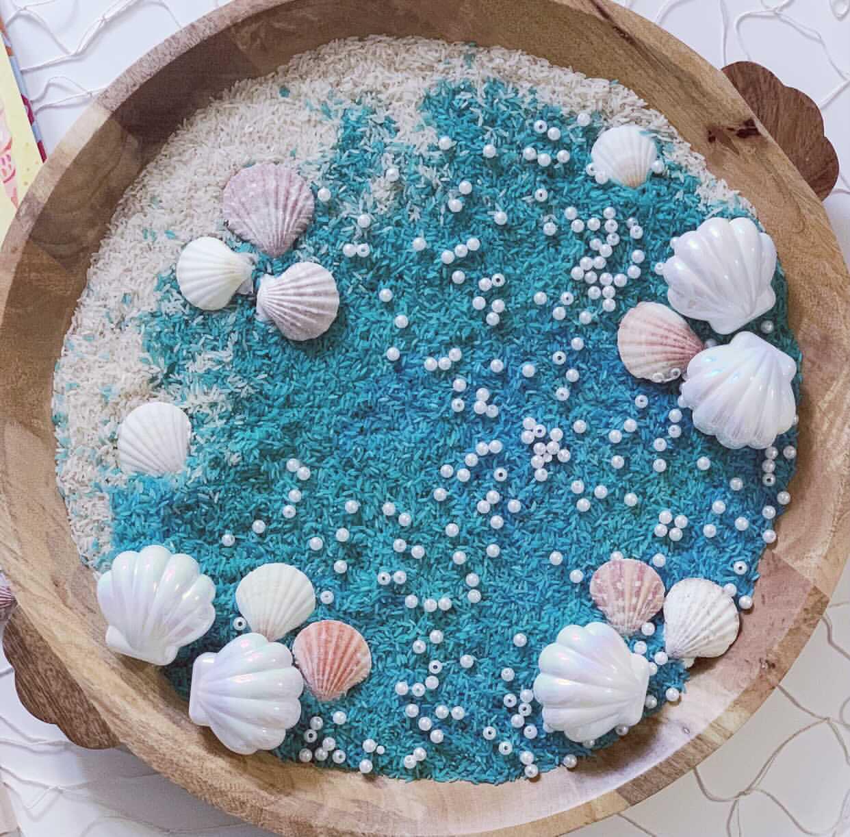 Beach sensory play tray for kids