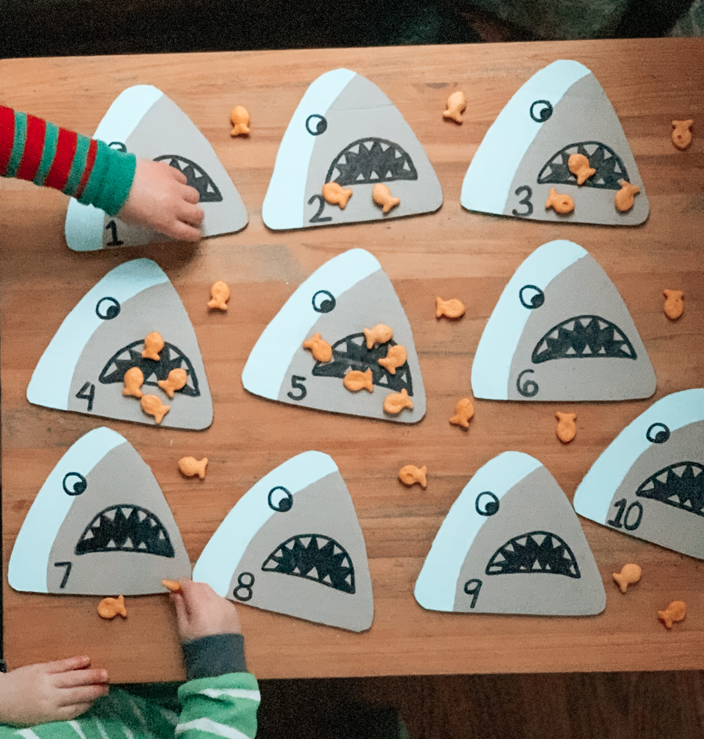 Shark and goldfish kids counting activity