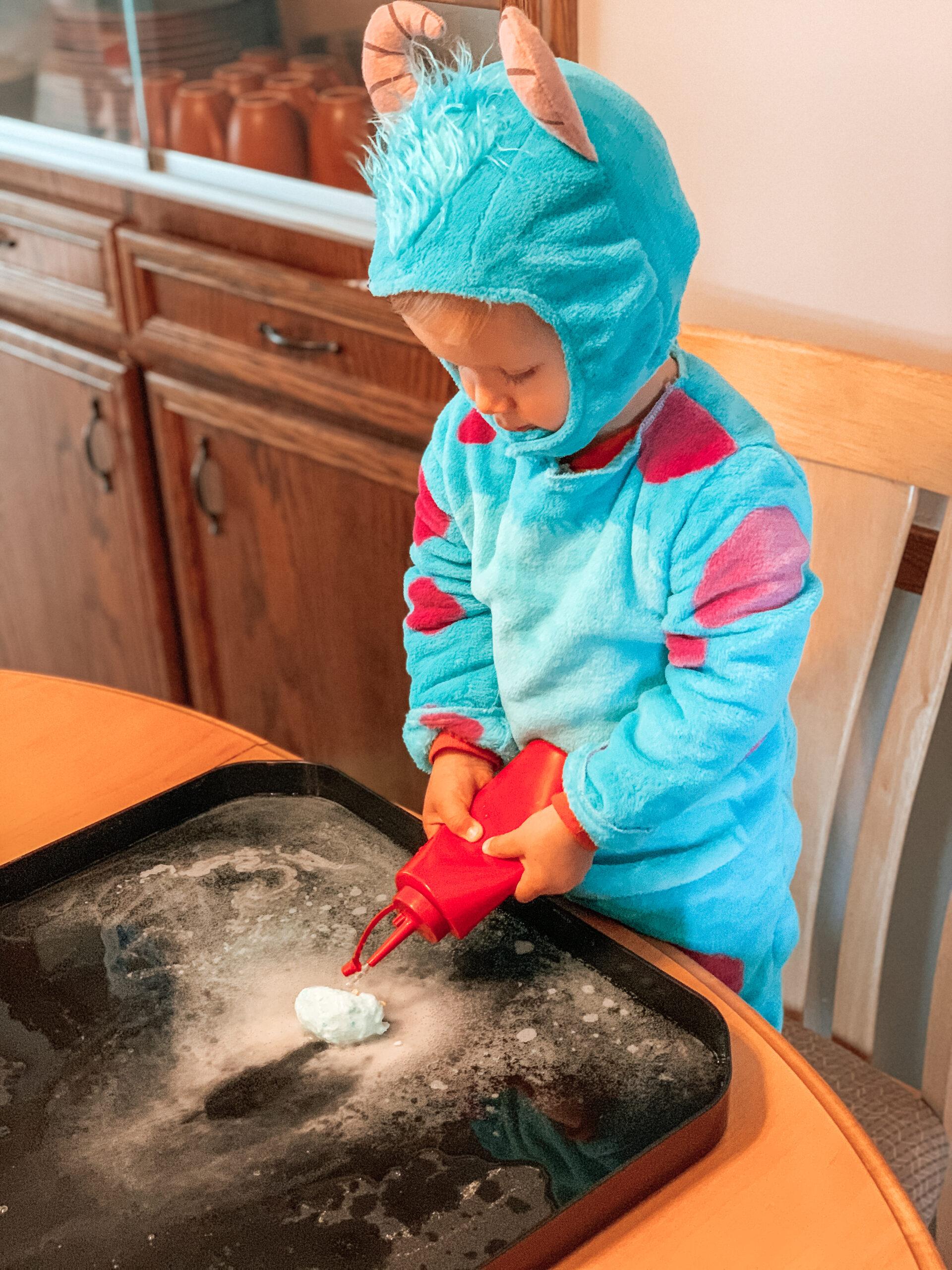 fizzy dinosaur eggs activity for kids