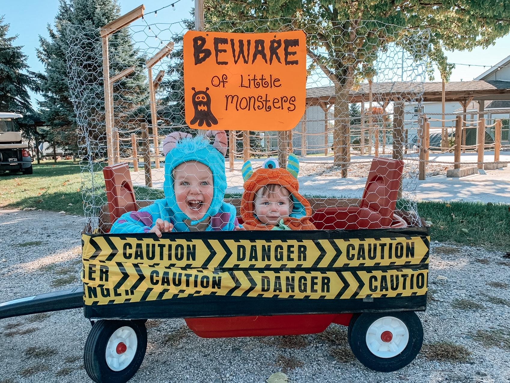 DIY wagon Halloween costume for kids